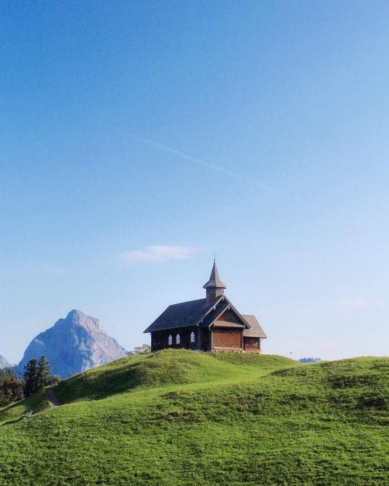 611d5e4da25e433f2c337fd8f10eddab - Planning The Perfect Trip To Switzerland