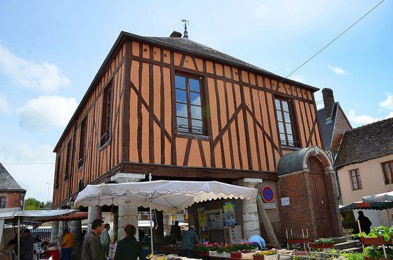 Charny (Yonne) - Halle Louis Philippe | Flickr: partage de photos!