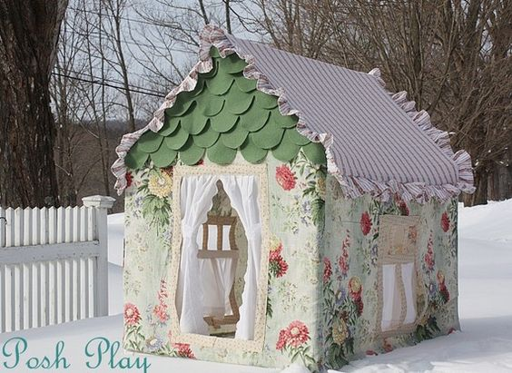 oh my little girl heart.. fabric playhouse at posh play.. etsy    I want one !!!