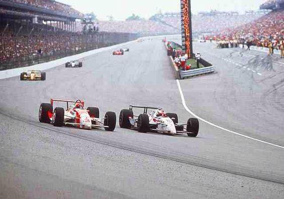 Il sorpasso decisivo su Michael Andretti. pinterest.com