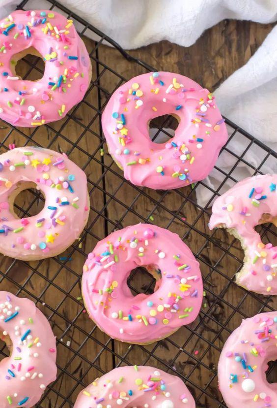 Baked Funfetti Doughnuts: