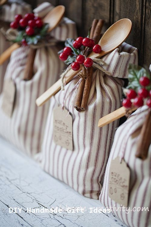 Pin By Linda Wellhausen On Christmas In 2020 Easy Christmas Gifts Homemade Christmas Gifts Creative Diy Gifts