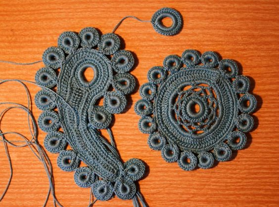 irish crochet motivs