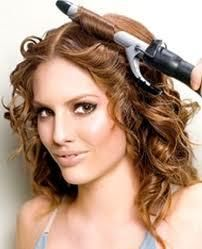 How to Create Hot Hairstyles With Your Curling Iron