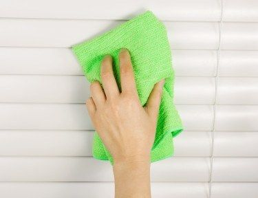 Cleaning Window Blinds | 8 Great Dusting Tips for a Cleaner Home