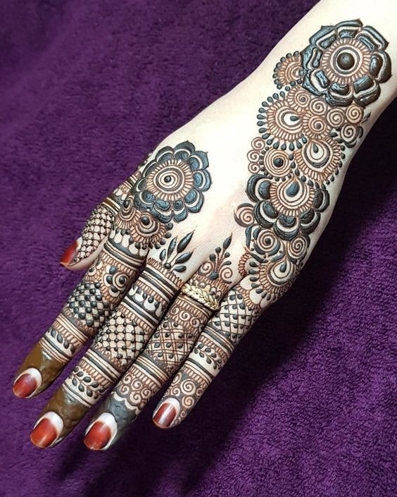 full coverage mehandi design