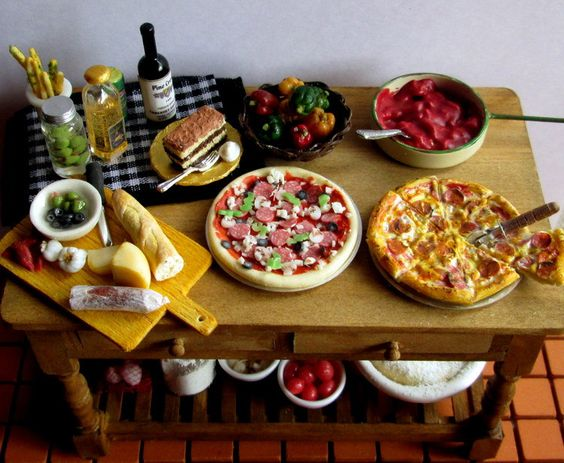 Pizza table with wine via Etsy.