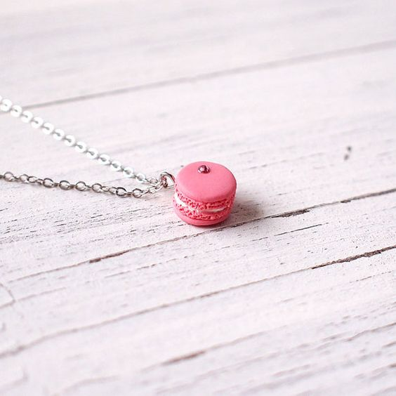 Mini Pink Macaroon Pendant Handmade Necklace Polymer Clay Miniature Food Jewelry Cute Macaroon Necklace