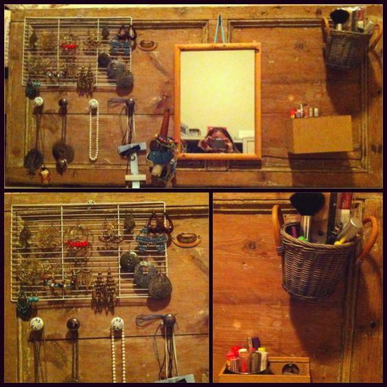 Transformación de una puerta, sólo necesitan manillas de cajones una rejilla y cajas..