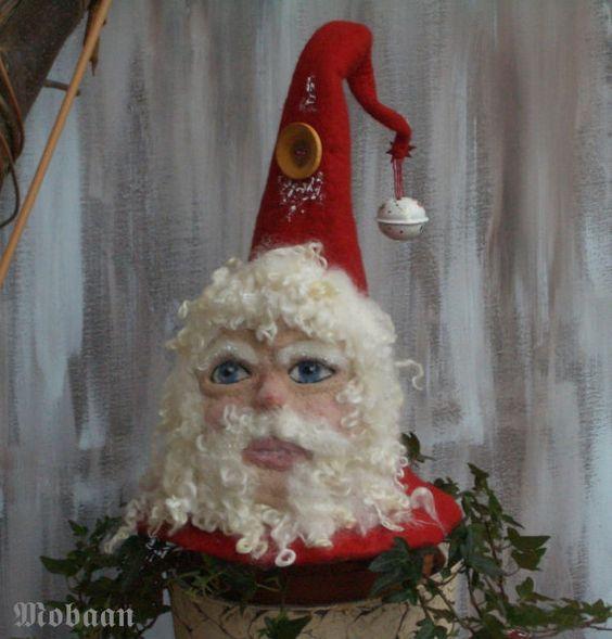 Weihnachts Mützling aus Filz von Mobaan auf Etsy, €95.00
