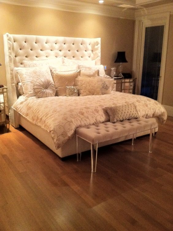 White Headboard White Bench And Tufted Headboards On Pinterest