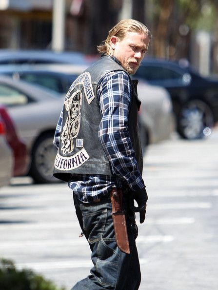 Charlie Hunnam - Charlie Hunnam Films 'Sons of Anarchy'