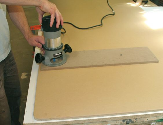Make Your Own Homemade Router Table and Base Plates