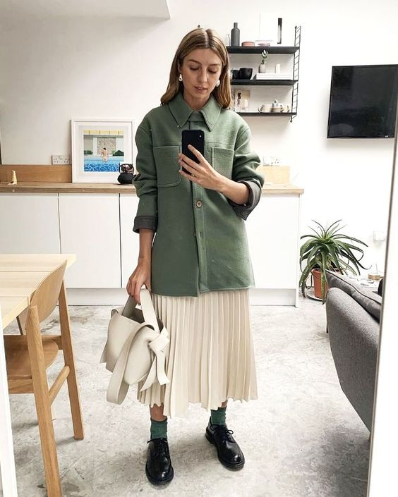Best Pleated Skirts: Spring Outfit with pleated skirt and utility shirt