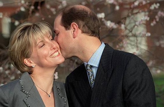 Prince Edward and Sophie Rhys-Jones announce their engagement in January 1999.