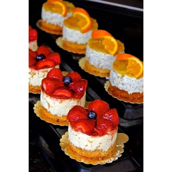 #cake  #lovely #delicious #yummy #rasberry