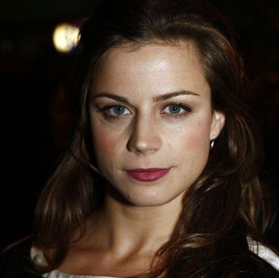 Elise Schaap Celebs Dutch Pinterest