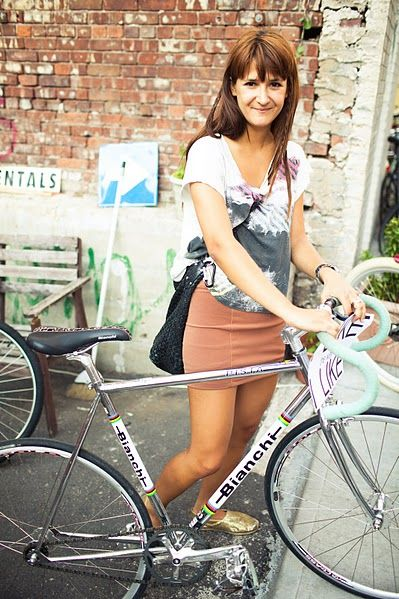 i prefer to wear a skirt whilst biking