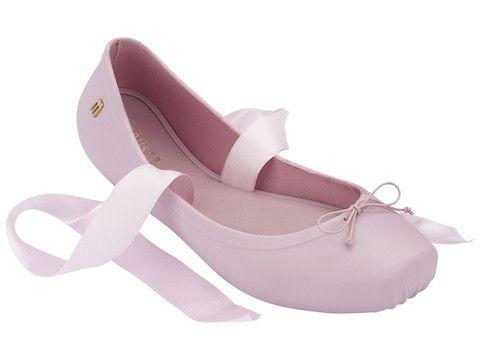 Mellisa ballet III aseli pengen banget beli ini!! Di webb harganya masih 950.000 gak sale2 juga