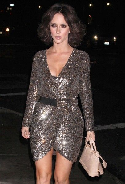 Celebrities and Their LVs ***** PICS ONLY ***** - Page 126 - PurseForum