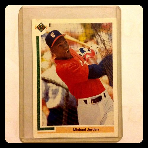 35 Classic Baseball Cards And What They Re Worth Today Old Baseball Cards Michael Jordan Basketball Cards Michael Jordan Baseball