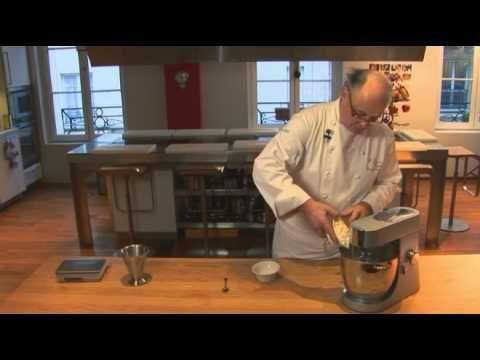 La France / France : Pâte brisée par Pierre-Dominique Cécillon pour Larousse Cuisine