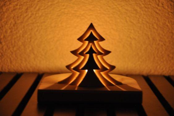 Beleuchteter tannenbaum aus holz mit teelicht produkte for Beleuchteter tannenbaum