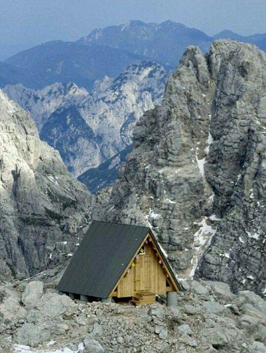 Pondok gratis di pucak alpen