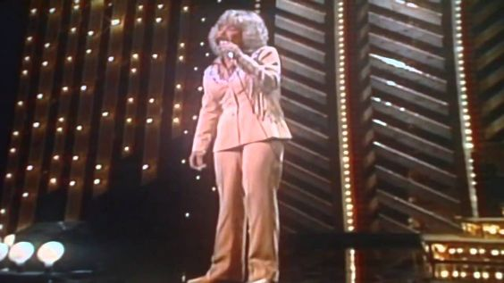 I Was Country When Country Wasn't Cool by Barbara Mandrell (Live)
