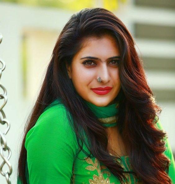 Neha Saxena (TV actress)