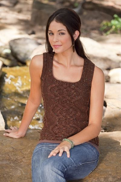 Free Pattern------------Summer Top,  just add sleeves for autumn