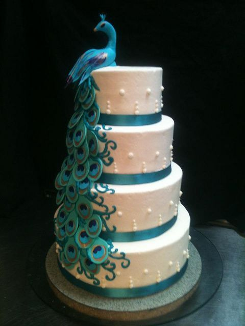 wedding cake mariage turquoise paon exception carnet d'inspiration mariage mademoiselle cereza