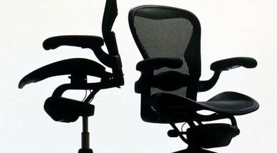 Bill Stumpf, Equa chair, Herman Miller, 1984. Rikyu Watanbe.