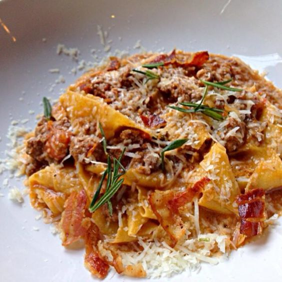 レシピとお料理がひらめくSnapDish - 24件のもぐもぐ - Bolognese Ragu with Tagliatelle by Obeoom Jumsai Na Ayudhya