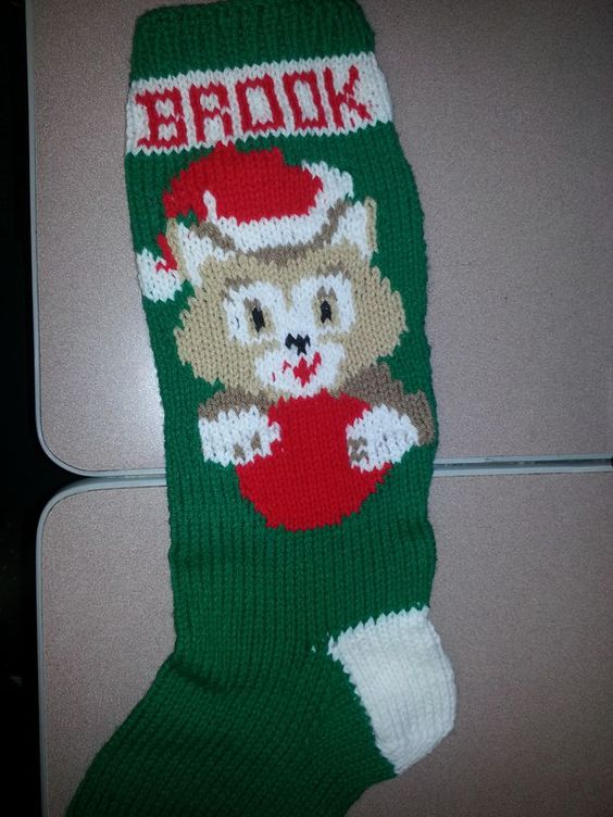 Knitting Pattern For Christmas Stocking Personalized : Knit patterns, Christmas stockings and Christmas on Pinterest