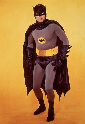 evolution costumes de super heros 1966   Evolution des costumes de super héros dans les films   x men wolverine thor superman super héro spiderman photo marvel Joker Iron Man image hulk costume captain america Batman