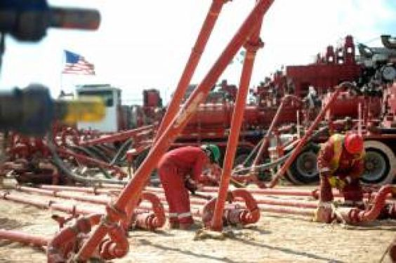 Halliburton On Friday Said It S Adding 2 000 U S Jobs In The First Quarter And Ramping Up Activity Faster Than Anticipated To Try To Oil Rig Jobs Oilfield Job