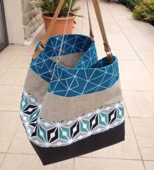 Sac Realise En Tissu Simili Cuir Noir Tissus Jacquard Pixies Et Origami Et Tissu Lin Naturel Lanieres En Cuir Veritable Diy Bags Purses Sewing Bag Diy Couture