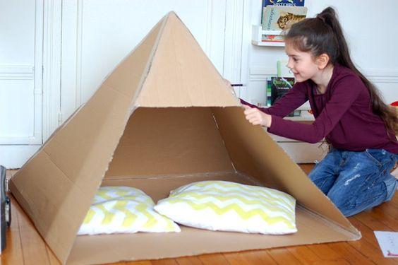 pyramide en carton - cardboard pyramid