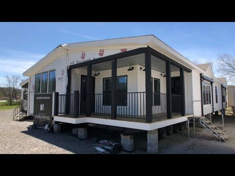 Lulamae Farmhouse 32x70 3 Bedroom 2 Bath Youtube Mobile Home Renovations Farmhouse Remodel New Mobile Homes
