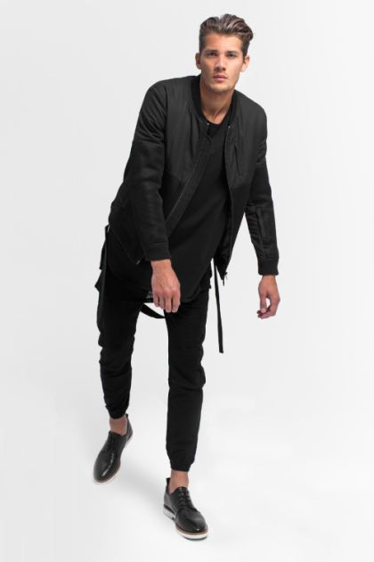 Bomber jacket all black – Modern fashion jacket photo blog