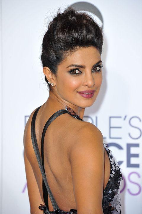 9 Beauty Secrets I Learned From Priyanka Chopra Priyanka Chopra Hair Priyanka Chopra Bikini Priyanka Chopra
