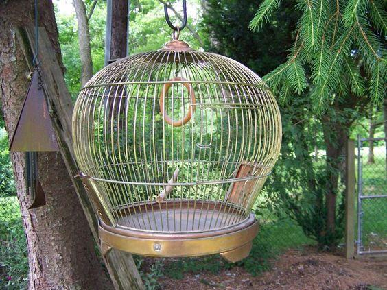 Vintage / Antique Metal Round Bird Cage