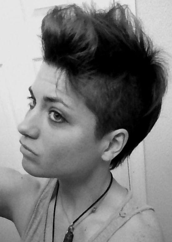 Morning Bedhead. HA. #Patoirlove, #hair, #style, #mess, #black&white, #artist www.patoirlovemusic.com