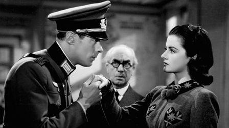 ... Miss Lockwood and Rex Harrison , Night Train to Munich.1939.