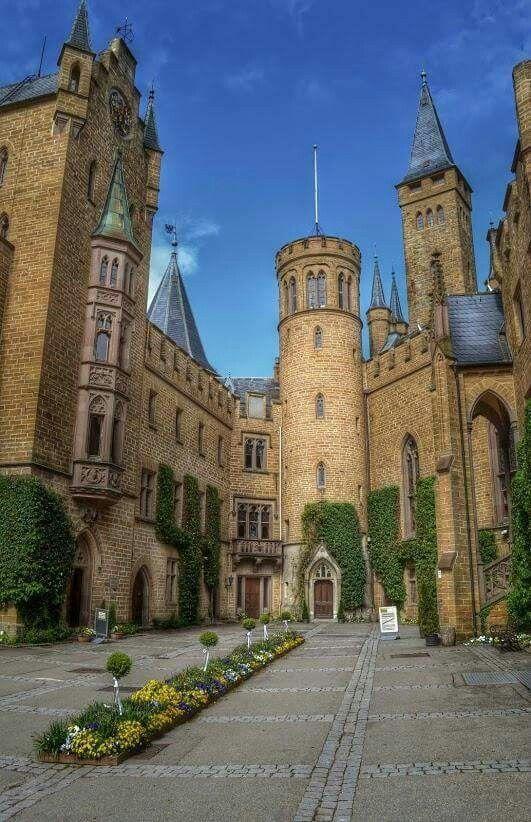 Idea By Berliner Goere On Reisen Fahr Mal Hin Germany Castles Hohenzollern Castle Castles To Visit