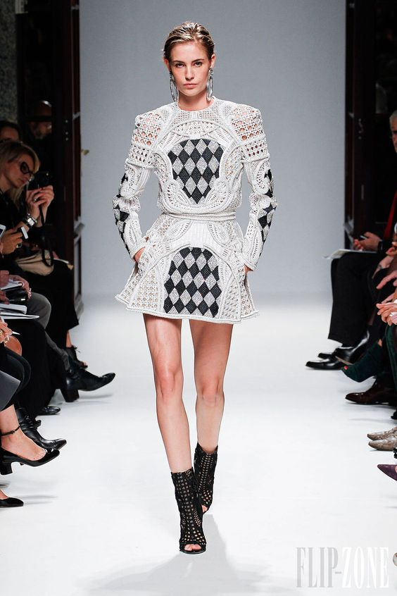 Balmain - Ready-to-Wear - Spring-summer 2013 - http://en.flip-zone.com/fashion/ready-to-wear/fashion-houses-42/balmain-3143 - ©PixelFormula