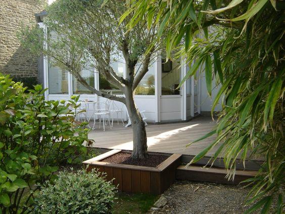 une terrasse bois en Ipé avec création dun bac autour de