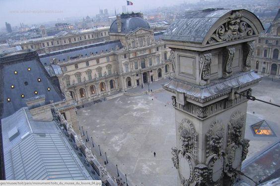 #Louvre oui, mais vu des toits.Plus rare @MuseeLouvre #Paris #France http://paris-visites.voila.net #musee @leCMN #tourisme