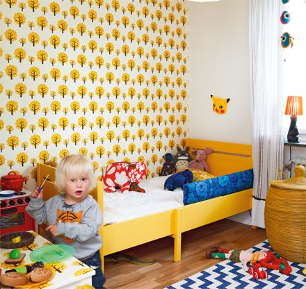 kids rooms with dotty wallpaper